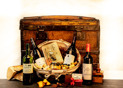 This beautiful hamper is presented in a charming country basket and includes a selection of French red and white wines and delicious treats.