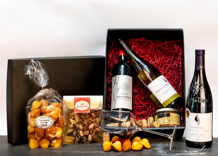 Our French Luxury Wine Hamper contains a selection of delicious French Wines & Goodies presented in an attractive gift box. Pure luxury!